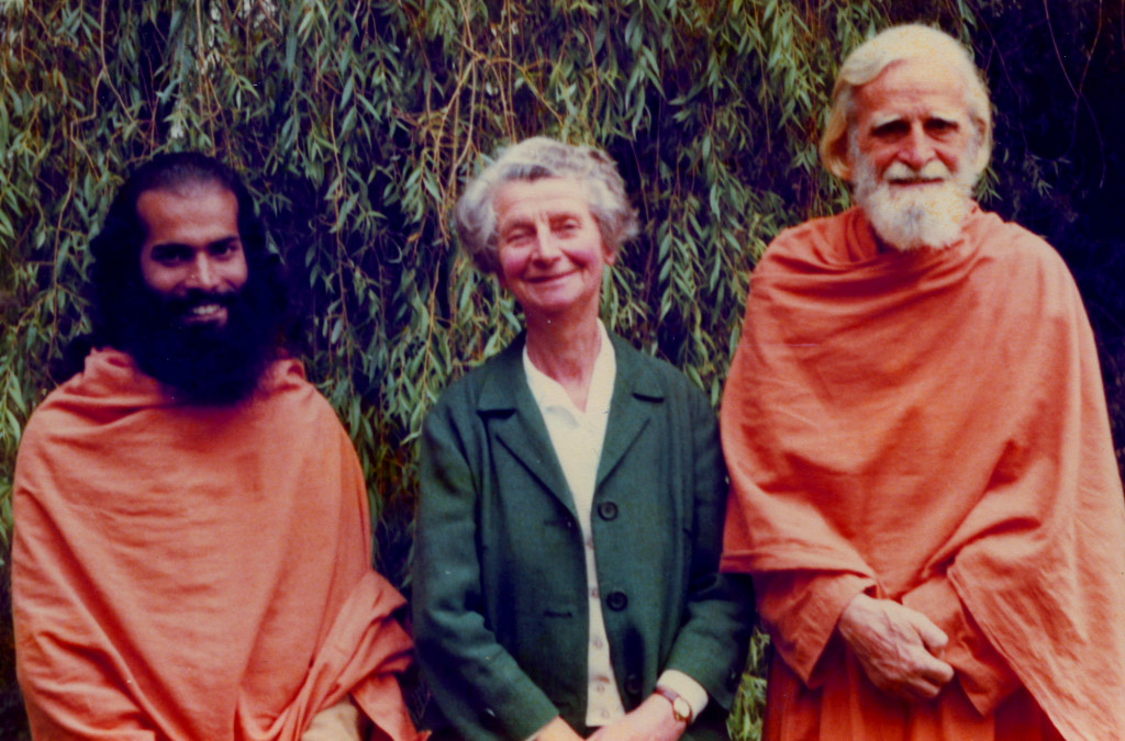 Bede Griffiths (right) with Dorothea and Swami Amaldass